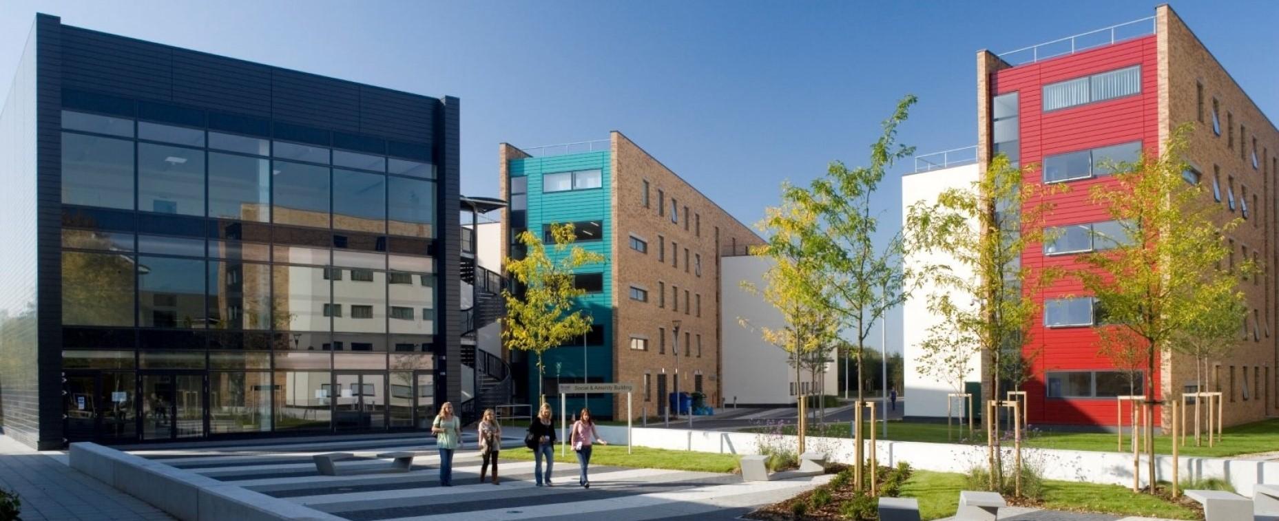 VACANZA STUDIO <br> 15-29 LUGLIO 2021 <br> UXBRIDGE-LONDRA